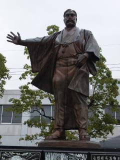 弥太郎像_101122