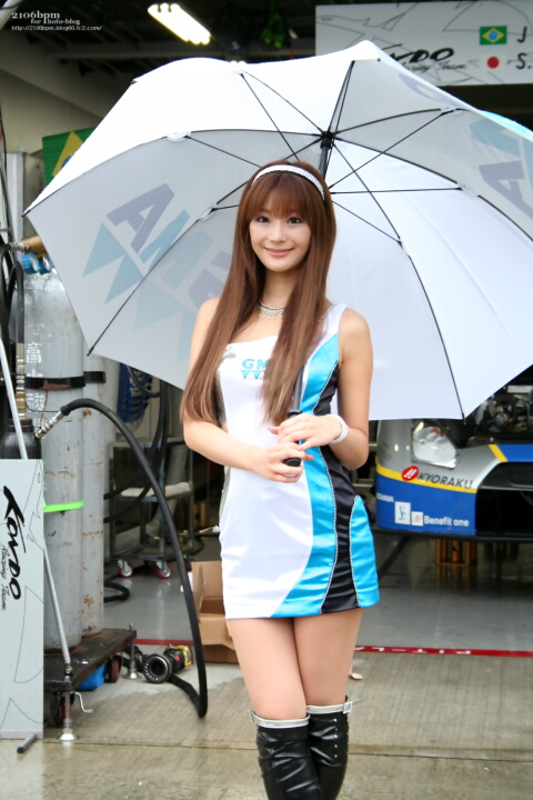 GMA KONDO RACING TEAM QUEEN 冴木みれい