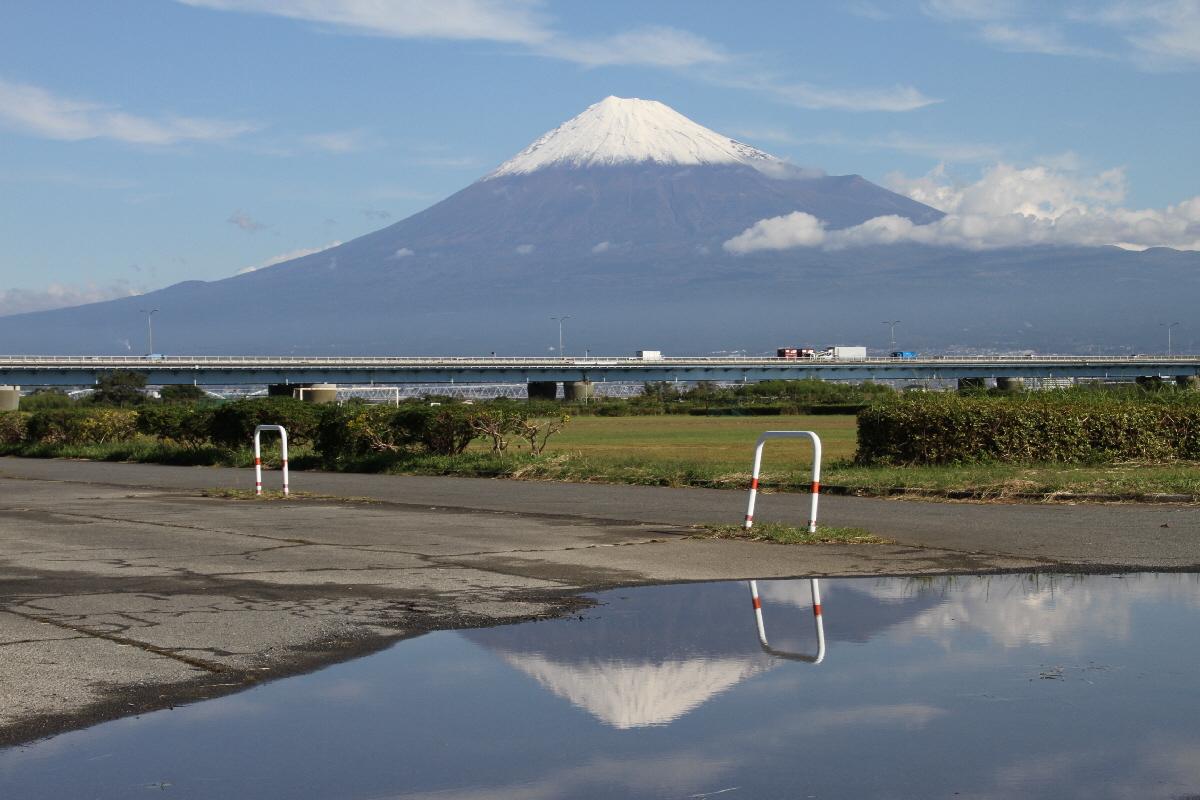 富士山隠れスポット逆富士
