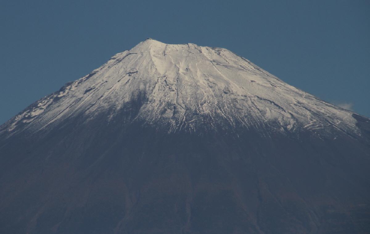 富士山隠れスポット上半分
