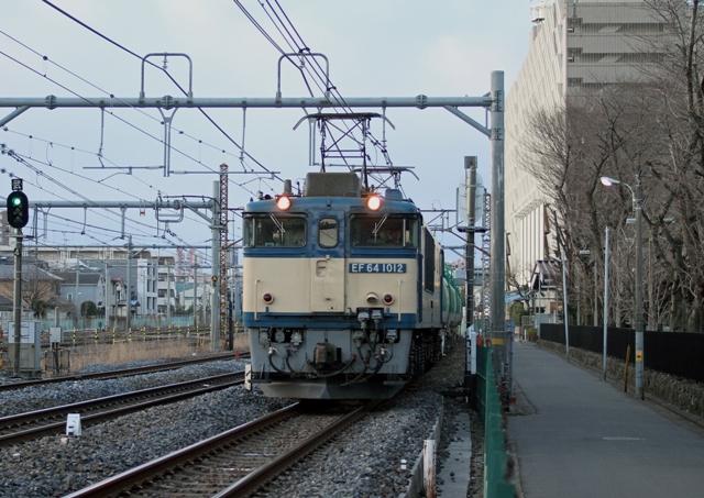 EF64-1012 5585レ