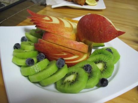 20120101 フルーツカービング リンゴのスワン