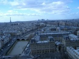パリ鐘楼から見た
