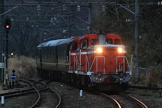 重岡駅進入