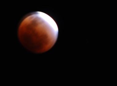 DSC_2584 20111210mooneclipse sml