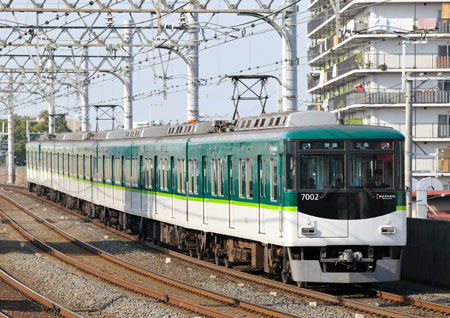 京阪70000系新色01-9