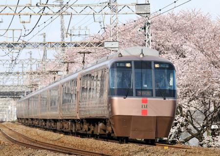 小田急30000形17-9