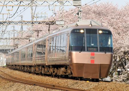 小田急30000形16-9