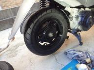 タイヤは新品が良い