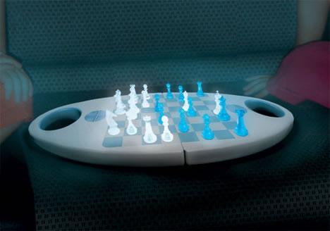 glo-chess02.jpg