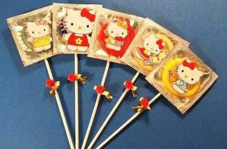 294hello-kitty-condoms