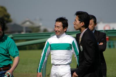 白緑一本輪袖緑縦縞1