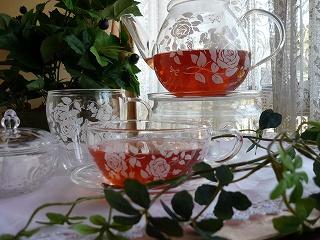上品な薔薇の耐熱ガラスティーポット<シモーヌ>