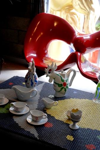 201005居間の食器
