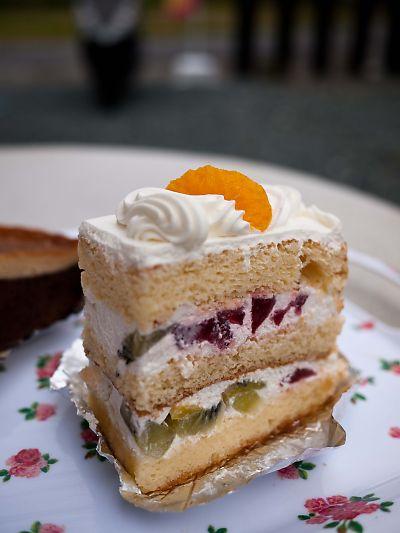 コンフェイタリアダノネ フルーツケーキ