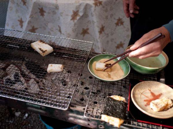 柿の木坂の家 炭焼きの餅