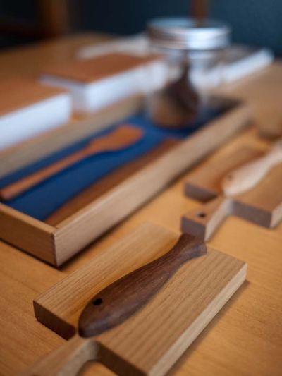 hitoshirezu-ya 木の箸置き