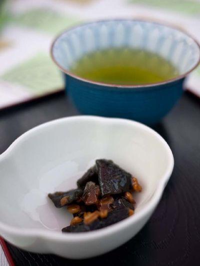 柿の木坂の家 お茶うけ