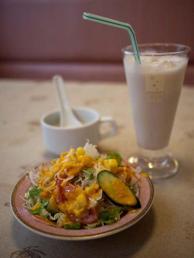 インド料理 ガンガジ ランチのサラダ