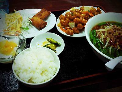 東方美食 鶏肉の辛炒め定食
