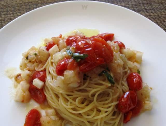 トマトと桃 057-1