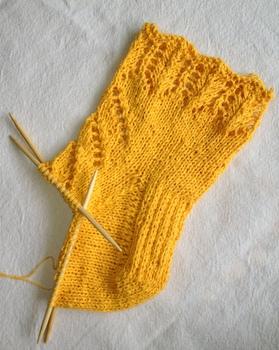 透かし編みの靴下