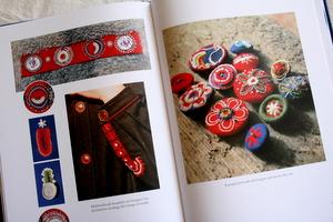 ニット刺繍4