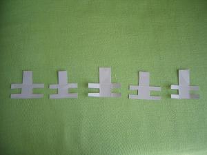 土の字イス1