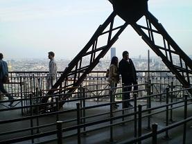 エッフェル塔の上