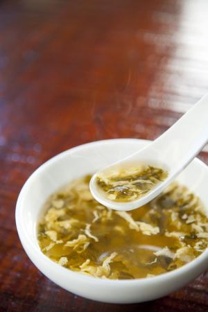 たかなスープ 盛り付け