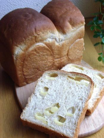 胚芽チーズ食パン