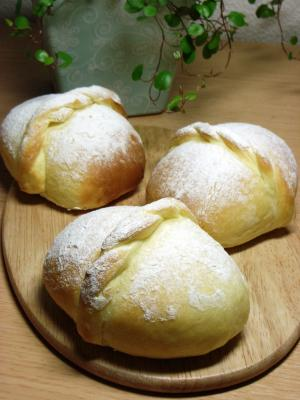 10.06.04チーズクリームパン