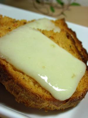 10.06.14バジルトマトのソフトカンパ_チーズトースト
