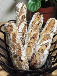 10.06.27クランベリーとくるみのパン