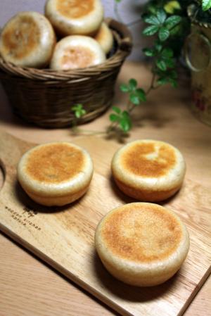10.09.13りんごきんとんパン