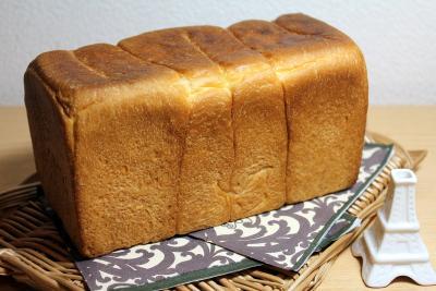 10.10.31アンデルセン食パン