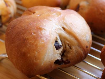 10.11.16黒糖レーズンパン