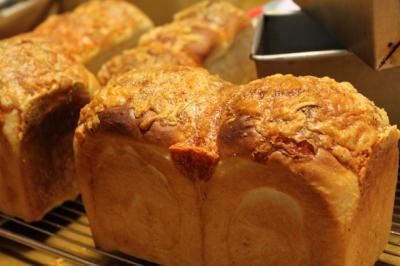 11.01.11チーズ食パン