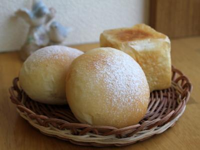 11.02.07クリームチーズの白パン