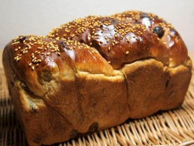 11.02.17レーズン食パン