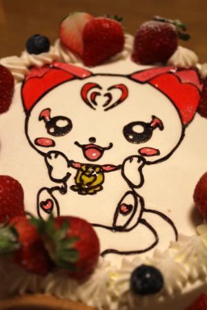 11.04.24次女の誕生日_ハミィのケーキ