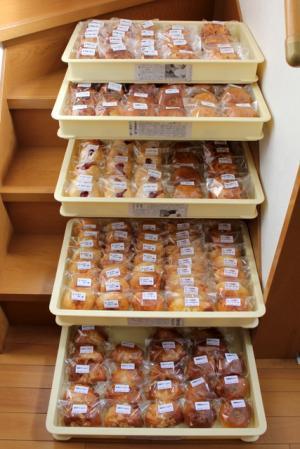 11.05.14ラヴィアンローズⅢ_大量のパン