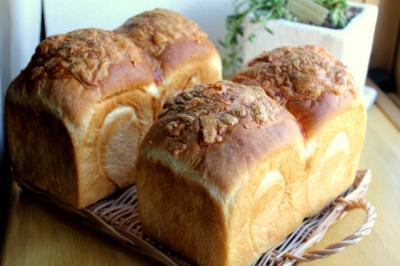 11.07.12チーズ食パン