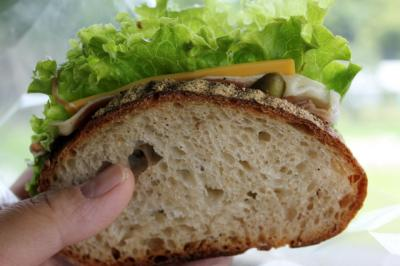 11.07.28カドナのパン_サンド