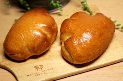 11.07.30いちごみるくパン