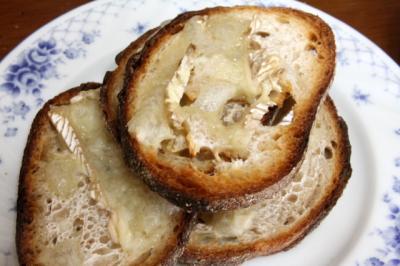 11.09.27ベーカリー部ランチ_カドナのパン