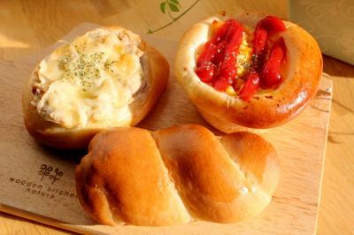 11.10.26深夜のパン作り_惣菜パン
