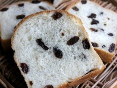 11.12.22レーズン食パン_クラム