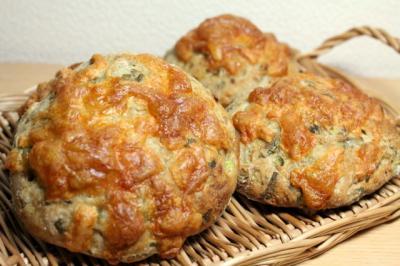 11.12.27カブの葉のライ麦パン