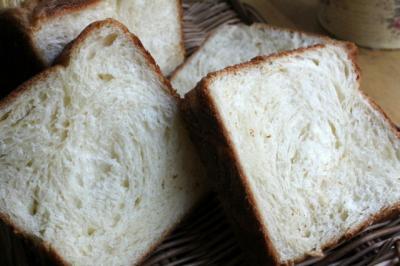 12.01.23デニッシュ食パン_クラム